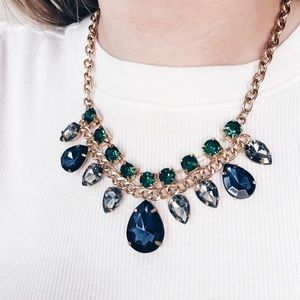 ZARA Statement Necklace Perfect for Prom